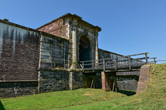 Fort-Washington-32 (vaabus) Tags: fortwashington fortwashingtonmaryland fortwashingtonpark bastion casemate cannon 24poundercannon caponniere civilwardefensesofwashington fortification