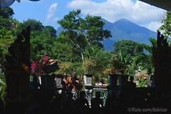 Tirta Gangga Festival with Gunung Seraya, Karangasem (Sekitar) Tags: bali fountain festival indonesia island asia tirta pulau karangasem gangga