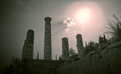 Delphi (ilias0zwgrafo) Tags: delphi outdoor temple greece architecture