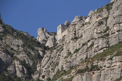 there is a building up there (Val in Sydney) Tags: mountains montagne spain espana montserrat catalunya espagne