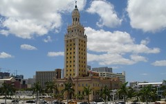 Miami-Dade_College_Freedom_tower