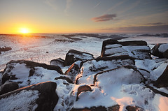 Midwinter on Hathersage Moor (andy_AHG) Tags: winter snow cold landscape outdoors snowy derbyshire peakdistrict yorkshire hills moors pennines beautifulscenery edges pursuits britishcountryside higgertor burbagevalley hathersagemoor yorkshirelandscapes
