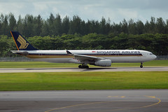 Singapore Airlines 9V-STL (Howard_Pulling) Tags: airport nikon singapore asia aviation august changi airlines 2014 howardpulling d5100