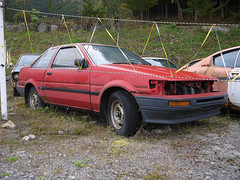 TOYOTA AE86 LEVIN (mega_midget_racer) Tags: trees tree cars abandoned car drive  gto touring rustycars