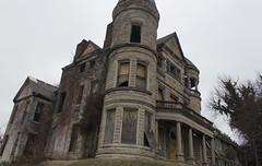 Ouerbacker Mansion Louisville ,Kentucky (A  Train) Tags: brick abandoned kentucky creepy louisville mansion ouerbacker ouerbackermansion