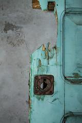 La azul est abierta (ieradiaz) Tags: abandoned puerta asturias cerradura abandonado