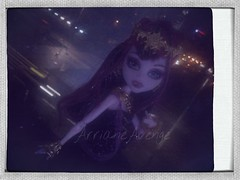Draculaura 13 wishes (ArrianeAvenge) Tags: hello from santa tree abbey monster happy skull high wolf holidays doll dolls venus sweet hobby 1600 collection gifts wishes kawaii monsters 13 shores mh mattel rochelle christmans goyle hitty christmanstree clawdeen monsterhigh draculaura sweet1600 mcflytrap 13wishes