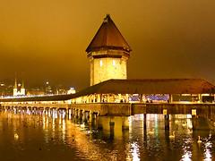 Lucerne/Luzern - Chapel Bridge (laviedloki) Tags: switzerland luzern lucerne chapelbridge