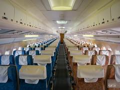 Economy Class cabin, BOAC Super VC10 G-ASGC (hjakse) Tags: uk england duxford ba britishairways sisley weybridge bac brooklands imperialwarmuseum iwm vc10 boac aviationmuseum britishaircraftcorporation storbritannien vickersvc10 duxfordaviationsociety rollsroyceconway