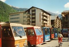 ZERMATT (CH) 1991 (streamer020nl) Tags: holiday electric analog hotel schweiz switzerland taxi transport gornergrat zermatt 1991 matterhorn helvetia wallis ch carfree zwitserland jgerhof autovrij allalin 120691