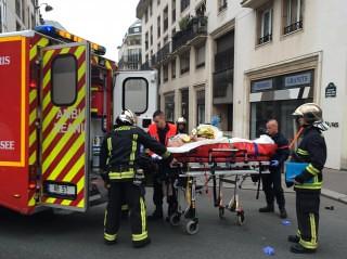 """Masakër në Paris, sulm kundër redaksisë së revistës satirike """"CHARLIE HEBDO"""", 11 të vdekur"""
