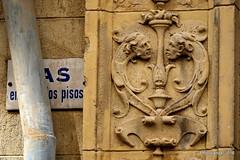 Vivienda y Estudio de Jos Navas Parejo (Landahlauts) Tags: arquitectura andalucia granada andalusia andalusien andalousie andalusie escultor andaluzia andalusi andaluzja andaluzio    endulus  josenavasparejo   andalouzia andalusiya estudiodeescultura fujifilmxpro1 fujinonxf55200mmf3548rlmois  callealvarodebazan
