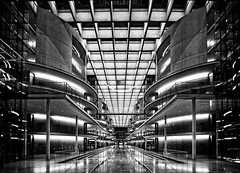 Paul-Lbe-Haus (Ralf Westhues) Tags: white black building berlin architecture paul haus indoor reichstag lbe