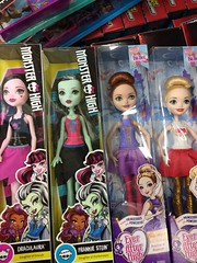Found at Walmart Frankie and draculaura have big hands! (beth.mershon) Tags: ballet white apple monster high doll holly frankie stein reboot relaunch mattel everafter ohair newfaces draculaura