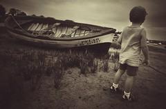 David... (hobbit68) Tags: old sunset sky holiday beach clouds strand port canon children boats meer wasser child outdoor alt sommer urlaub himmel wolken playa boote kinder andalucia espana ufer hafen sonne industrie spanien kste sonnenschein ozean