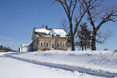 Stone House Buffalo County (Alan Yahnke) Tags: wisconsin stonehouse buffalocounty canoneos30d efs1855lens