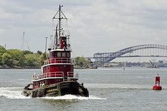 r_160519201_whcedu_a (Mitch Waxman) Tags: newyorkcity newyork newjersey tugboat statenisland moran bayonnebridge killvankull workingharborcommittee educationtour