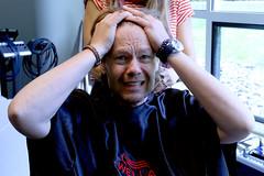 Kapper op bezoek bij Gijs (NPO_Radio2) Tags: kapper gijsstaverman gijs20 nporadio2