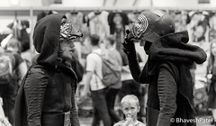 _DSC0896 (one8haveshp) Tags: white black london monochrome minolta cosplay sony may af comicon f28 maxxum 80200 2016 ilce a7ii 7m2