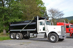 2017 Peterbilt 389 Tri-Axle Dump Truck (2) (Trucks, Buses, & Trains by granitefan713) Tags: truck newtruck peterbilt peterbilttruck dumptruck enddump peterbilt389 389 triaxle liftaxle newdumptruck longhood triaxledumptruck