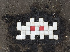 Space Invader PA_286 (ratskaweiller) Tags: space spaceinvaders streetart reactivationteam invaders invader invaderwashere paris 75018 trottoir ground escalier
