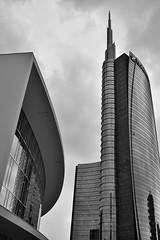 Torre UniCredit (Lorenzo Cocco Photography) Tags: architettura milano architecture lombardy italy italia linee lines details dettagli contrasto contrast