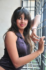 South Actress SANJJANAA Photos Set-10 (13)