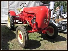 Porsche Junior (v8dub) Tags: porsche junior schweiz suisse switzerland german tracteur tractor traktor trecker trekker old oldtimer klassik car classic collector