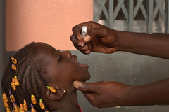 UNICEF and partners go door to door throughout Guinea vaccinating all children under 5 against Polio (unicefguinea) Tags: unicefguinea conakry guinea photocredittimothylarose polio unicef