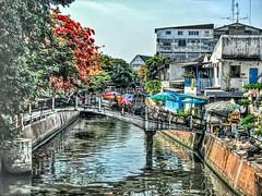 Khlong bridge (Bruno Zaffoni) Tags: bangkok thailand hdr