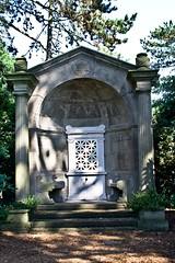 Stadtfriedhof Stcken 021 (michael.schoof) Tags: hannover friedhof grabmal