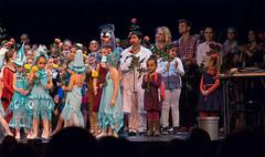 124 Schlussszene - Spectacolo - Secret Dreams --049 (Spectacolo1) Tags: ballet dance olten tanztheater theater performingarts spectacolo academy passion tanz moderndance