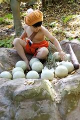 DSC_0189_2 (operabug) Tags: halloween flintstones museumoflifeandscience bettyrubble barneyrubble bammbamm