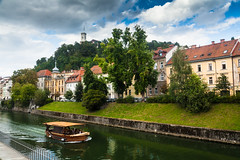 Ljubljana river (bruno_mesmin) Tags: castle river boat slovenia ljubljana grad oldtown