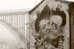 IMG_9903 (jm_alcon) Tags: espaa fog canon gris spain grafiti bn aragon neblina niebla teruel amantes viaducto aragn 600d chapu eos600d canoneos600d mrchapu chaputrigueros