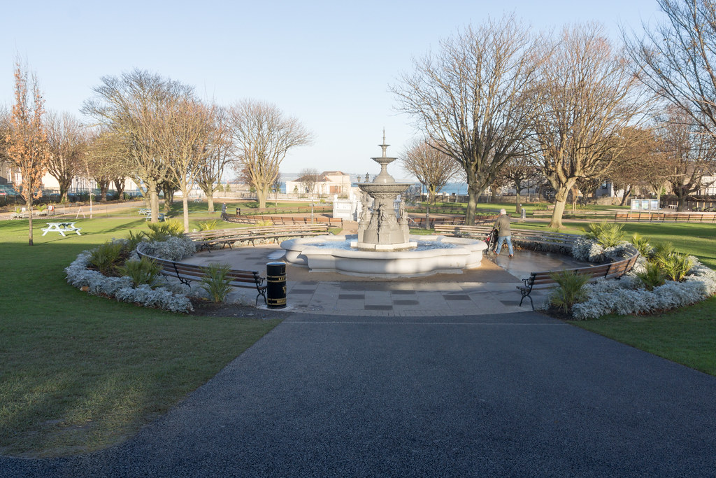 The People's Park In Dun Laoghaire [Ireland] Ref -100498