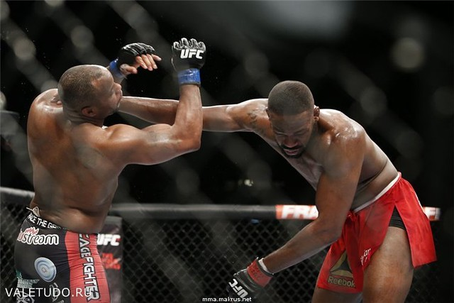 Бонусы турнира UFC 182 1