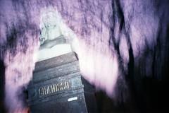 Oranienburger Straße (somekeepsakes) Tags: berlin film night analog germany deutschland lomo lca europa europe nacht analogue dunkel 2010 coloursplashflash dmparadies200