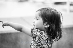 Look! (Syahrel Azha Hashim) Tags: street travel light portrait bw detail girl 50mm prime blackwhite nikon dof bokeh expression streetphotography naturallight portraiture malaysia handheld shallow moment simple johor alisya d300s kotaiskandar puteriharbor syahrel