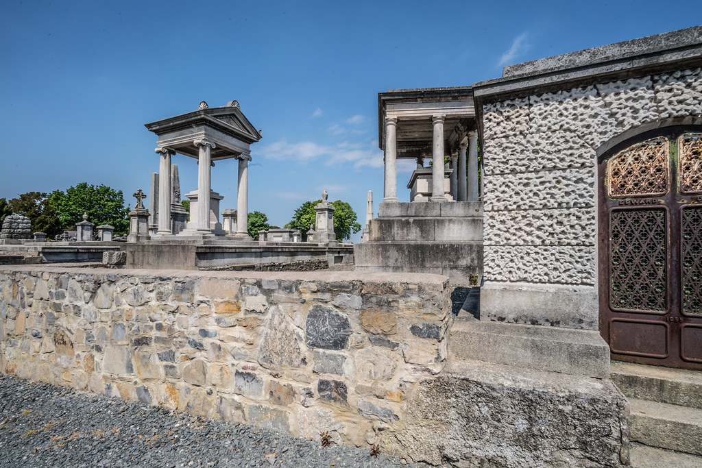 MOUNT JEROME CEMETERY AND CREMATORIUM IN HAROLD'S CROSS [SONY A7RM2 WITH VOIGTLANDER 15mm LENS]-117062