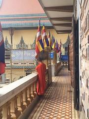 Temple bouddhistes Globalong (infoglobalong) Tags: temple cambodge asie enfants cultures aide bouddhisme ducation soutien bnvolat enseignement bnvoles volontaires handicaps volontariat globalong humanitariat