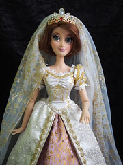 Disney Wedding Rapunzel (sh0pi) Tags: wedding krone inch doll disney le 17 after gown limited edition ever hochzeit rapunzel disneystore puppe tangled heirat kleid diadem krönchen limitiert deboxed disneystorecojp