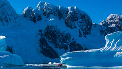 Zodiac Cruising @ Penola Strait, Wilhelm Archipelago, Antarctica (x_tan) Tags: antarctica glacier iceberg aq penolastrait canonef28300mmf3556lisusm wilhelmarchipelago canoneos5dmarkiii canongpsreceivergpe2