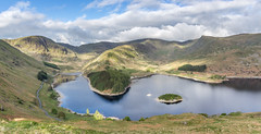 England - Lake District - Haweswater at Sunrise - 23 05 2016 (Redstone Hill) Tags: england panorama lake sunrise walking tripod lakedistrict highstreet vanguard haweswater vanguardveo265cb