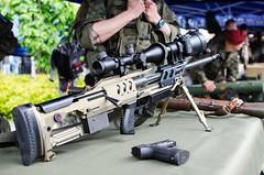 Piknik Militarny w Dabrowie Gorniczej (Dominik Zachariasz) Tags: asg bron piknik militaria ludzie wojsko pasja replika zolnierz zolnierze piknikmilitarny klubymilitarne replikabroni
