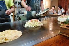 DSC09846 (miaaam) Tags: japan hiroshima lopez okonomiyaki