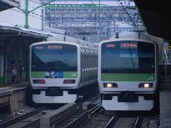 E231 (8) (Transrail) Tags: tokyo emu yamanoteline jreast e231 electricmultipleunit tokaidomainline eastjapanrailwaycompany kawasakiheavyindustries tokyucarcorporation