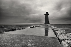 Manistique East Breakwater Lighthouse (lfviolin) Tags: blackwhite bw nikon d90 tokina lighthouse manistique longexposure
