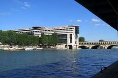 Bercy bridge and French finance ministry (Sokleine) Tags: bridge paris france water seine architecture river ministry pont bercy berges finance fleuve 75013 ministre