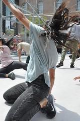 Compagnie Dyptik - D - Construction (c) Henry Krul (21) (Henry Krul) Tags: dance construction outdoor d henry op hip hop dans krul deventer straattheater streettheatre 2016 stelten dyptik
